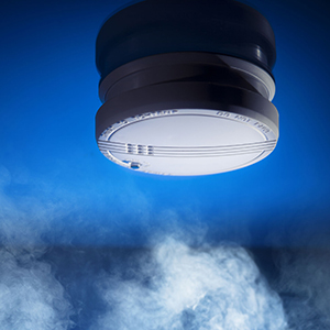 checking-fire-smoke-alarms-simple-holiday-tips-for-arizona-homeowners-to-prevent-fire-while-guests-are-in-town
